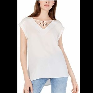 BCX Juniors Off White V Neck Blouse Short sleeve